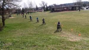 Saunuoliai dviratininkai2